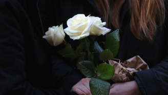 Musicians And Industry Figures Will Wear White Roses At The Grammys In Support Of #TimesUp
