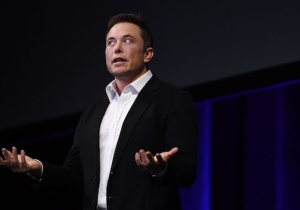 Elon Musk Explained Why SpaceX Is Sending A Tesla Playing David Bowie To Mars