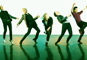 Franz Ferdinand's Alex Kapranos On Refusing To Get Stuck In The Past For 'Always Ascending'