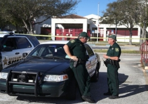 Four Sheriff's Deputies Reportedly Took Cover Outside During The Florida High School Shooting