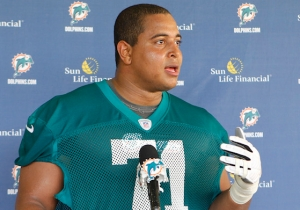 Former Dolphins Lineman Jonathan Martin Is In Custody After A Disturbing Instagram Post With A Gun
