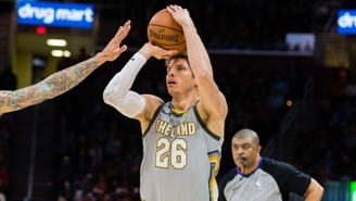 The Cavs Are 'Circling Back' On Trade Talks For Kyle Korver From Over The Summer