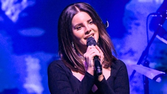 Lana Del Rey Is Full Of Longing On Her Gorgeous New Song, 'Mariners Apartment Complex'