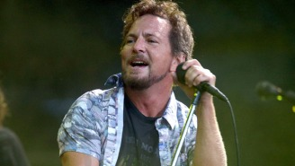 Pearl Jam Covered The White Stripes, The Beatles, Neil Young, And Pink Floyd At Their Show In Seattle