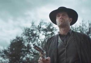 Garret Dillahunt Goes Full 'Deadwood' In The New 'Fear The Walking Dead' Trailer