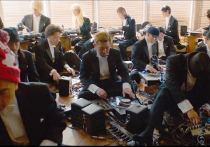 Watch 30 DJ's Form An Orchestra To Recreate The First Record Ever Pressed Live