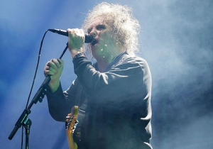 The Cure's Robert Smith Is Curating London's Meltdown Festival And The Initial Lineup Is Stacked