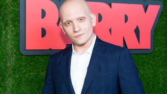 UPROXX 20: Anthony Carrigan Is Very Grateful That All Of His Hair, Eyebrows, And Eyelashes Fell Out