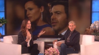 Jennifer Garner Tries To Explain Her Viral Oscars Meme To Ellen: 'What Am I Doing?'