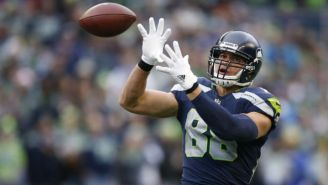 The Packers Will Mix Up Their Receiving Corps By Signing Jimmy Graham And Releasing Jordy Nelson