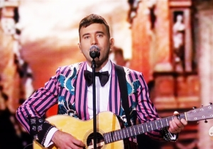 Sufjan Stevens Delivered An Emotional 'Mystery Of Love' Oscars Performance From 'Call Me By Your Name'