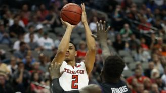 Texas Tech's Zhaire Smith Pulled Out A 360 Alley-Oop That You Have To See To Believe
