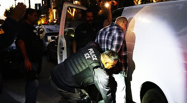 ice raids without warrants