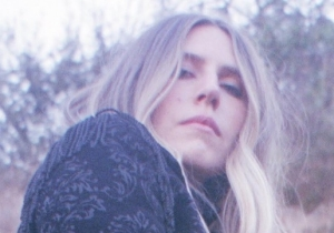 Premiere: Pop Songwriter Joni Gets Hers On The Catchy Alternative Pop Single 'Omens'