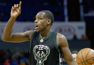 Report: Khris Middleton Will Return To The Bucks On A Lucrative Five-Year Deal