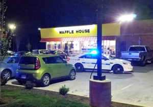 A Naked Gunman Opened Fire In A Nashville Waffle House, Killing At Least 4 People