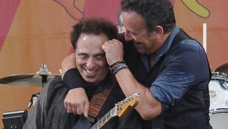 E Street Band Guitarist Nils Lofgren's Stolen Gear Has Thankfully Been Recovered