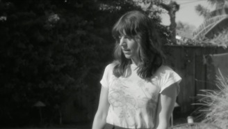 Eleanor Friedberger Strives For More In Her Effervescent New Single 'Make Me A Song'