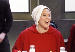 'SNL' Gives 'The Handmaid's Tale' A 'Sex And The City' Twist