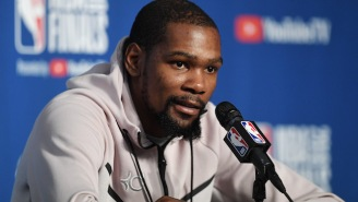 Watch Kevin Durant Silently Respond To Kendrick Perkins Flipping Him Off During A Press Conference