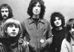 Former Fleetwood Mac Guitarist Danny Kirwan, Who Helped Shape The Band's Iconic Sound, Is Dead At 68