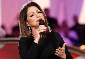Singer Gloria Estefan Will Square Off With Rita Moreno In 'One Day At A Time' Season 3
