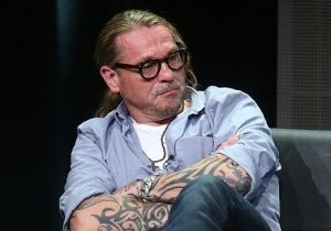 'Sons Of Anarchy' Creator Kurt Sutter Lashes Out At Fox News For Its 'Manipulative Propaganda'