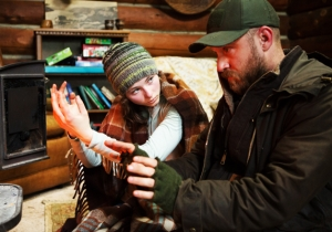 Ben Foster And Thomasin Mackenzie Channel 'The Road' In Debra Granik's Lyrical 'Leave No Trace'