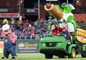 The Phillie Phanatic Accidentally Injured A Fan With Its Hot Dog Cannon