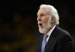 Gregg Popovich Unsurprisingly Gave The Cold Shoulder To An Aussie Rules Football Sideline Reporter