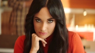 Kacey Musgraves Works In A 1970s Office In Her Infectiously Fun 'High Horse' Video