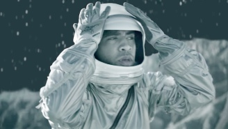 Kyle Busts Out Some Extraterrestrial Movies In His Futuristic 'To The Moon' Video