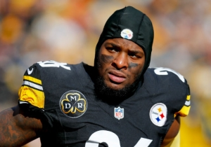 Le'Veon Bell Is Unlikely To Report To The Steelers And Won't Be Eligible To Play This Season