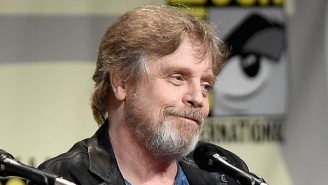 Mark Hamill Secretly Cosplayed At This Year's Comic-Con, Posing With Unwitting Fans In Numerous Photos