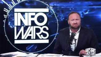 Alex Jones Was Caught Red-Handed With Porn Displaying On His Phone Browser During 'Infowars'