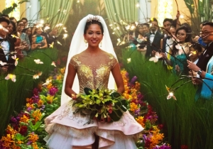 'Crazy Rich Asians' Is A Classic Rom-Com In New Packaging, But What A Beautiful Package It Is!