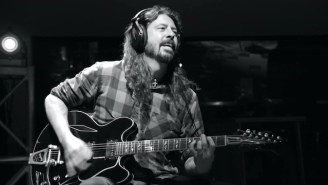 Dave Grohl Surprised A Nurse Recovering From COVID-19 With An Acoustic Performance Of 'Everlong'