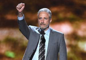 Jon Stewart Rescued Two Goats That Were Wandering On The New York City Subway Tracks