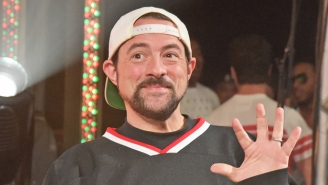 Kevin Smith Shows Off His 'Jay And Silent Bob Reboot' Girl Gang While Promising To 'Pull On Your Heartstrings'