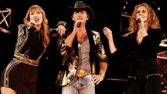 Watch Taylor Swift Sing Her First Hit 'Tim McGraw' For Her Nashville Audience With Tim McGraw Himself