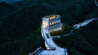 You Can Win A Spot At The First-Ever Sleepover At China's Great Wall