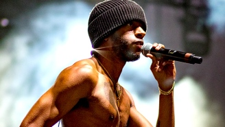 Atlanta Crooner 6lack Is Expanding Hip-Hop's Palette By Coloring Outside The Lines