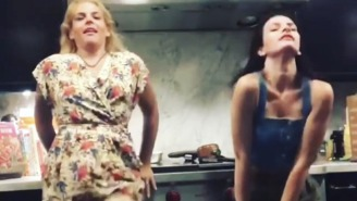 Busy Philipps Roasted Lindsay Lohan's Bizarre, Drunk-Looking Dancing In Mykonos