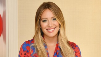 Watch Hilary Duff Angrily Confront A Paparazzo Who Was Stalking Her