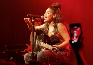 Jessie Reyez Charts Her Rise From Bartender To Superstar