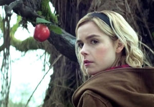 The 'Sabrina The Teenage Witch' Cast Offers 'Best Witches' To Netflix's 'Chilling Adventures Of Sabrina'