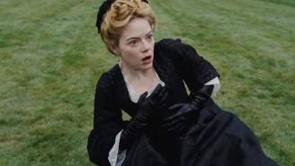 Emma Stone Says Wearing A Corset While Making 'The Favourite' Made Her Organs Shift