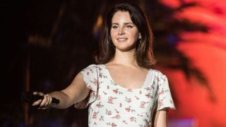 Lana Del Rey Gave A Live Debut To A Stunning New Piano Ballad, 'How To Disappear'