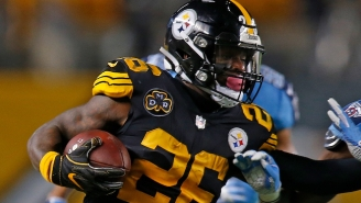 Le'Veon Bell Reportedly Won't Rejoin The Steelers During The Team's Bye Week
