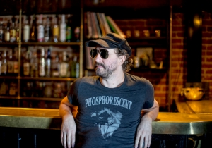 Phosphorescent's Cover Of Radiohead's 'House Of Cards' Brings The Song Down To Earth